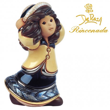 Girl with hat Figurine