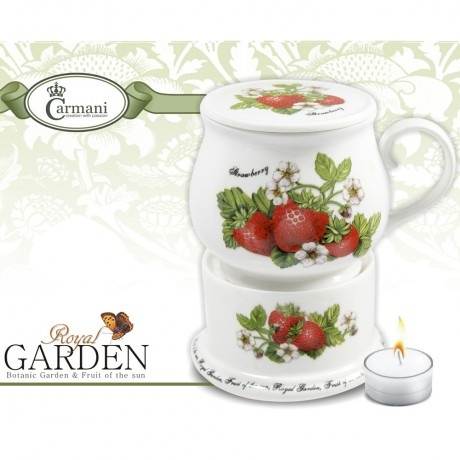 Porcelain mug and lid + heater with stawberry motif